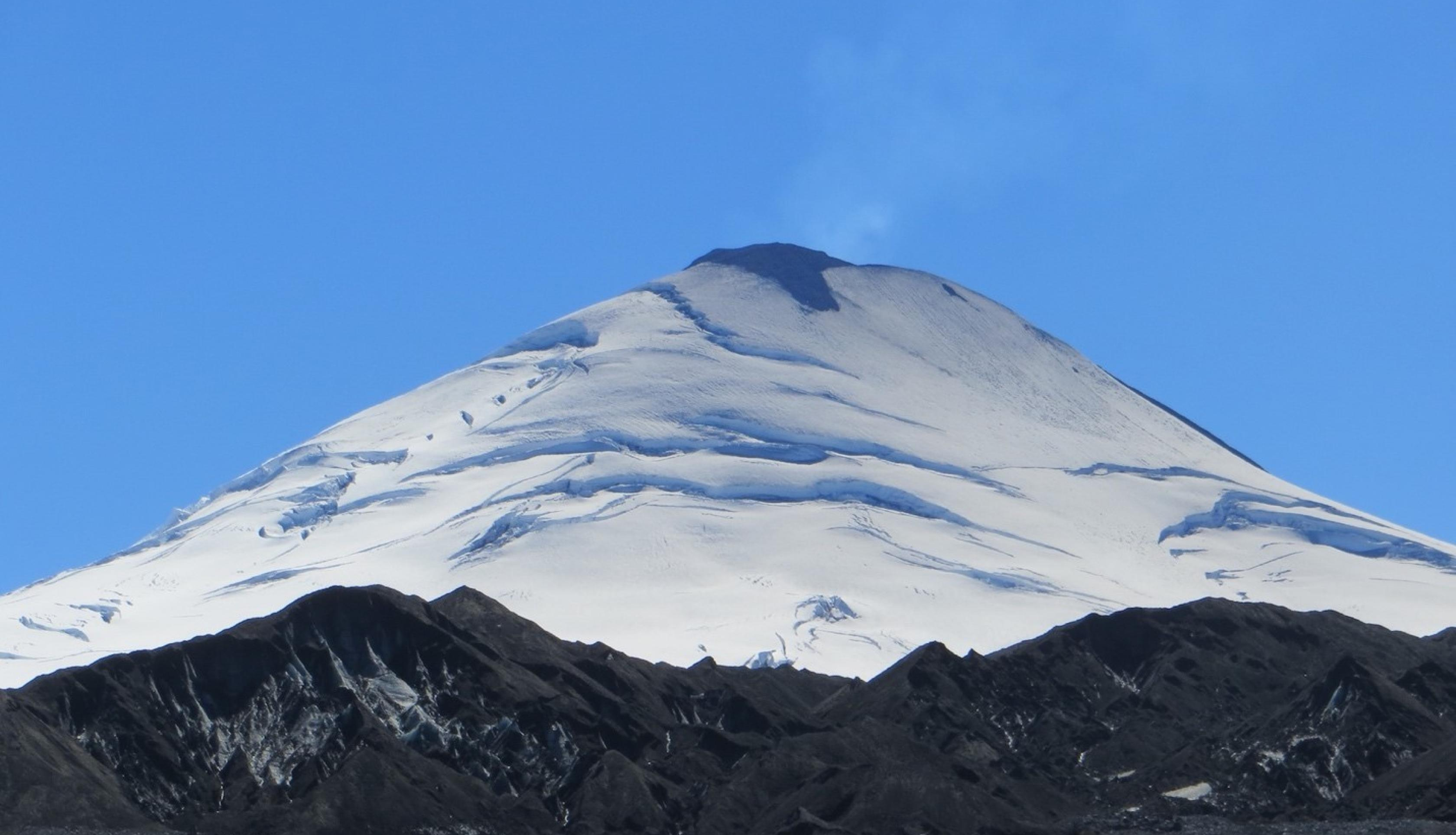 In March 2015, one of Chile's most active volcanoes, known as Villarica, erupted, prompting thousands of people to evacuate the area. Information on volcanic eruptions such as this one can be found in the Smithsonian Institution's Volcanoes of the World database. Credits: NASA, Jeffrey Johnson