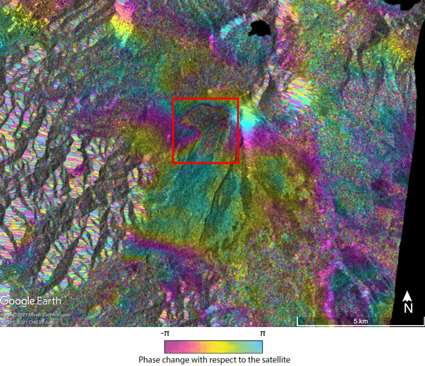 This interferogram shows the change detected on the surface of the Pacaya volcano between January 21 and February 2, 2021. The data shows deformation on the west and southwest flanks (red box) due to the accumulation of lava. Credits: Judit Gonzalez Santana, Dr. Christelle Wauthier, Penn State University. Copyright contains modified Copernicus Sentinel data (2021), processed by ESA.